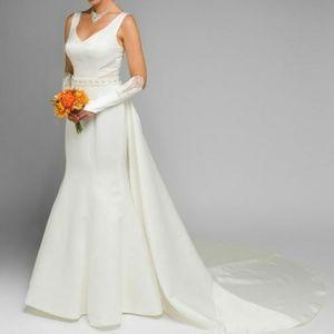 White wedding gown,formal evening bridal dress